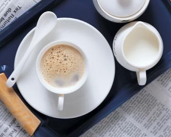커피잔TklIkM.jpg